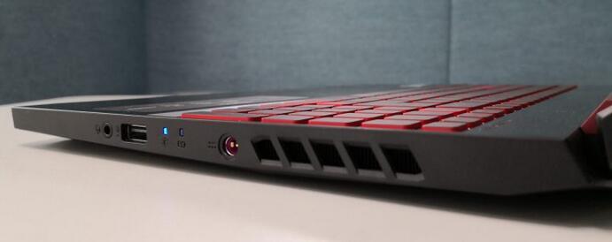 Acer Nitro 5 AN515-54-75AD